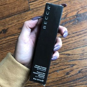 Ultimate coverage Becca foundation